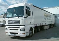 Nákladní kamionová doprava